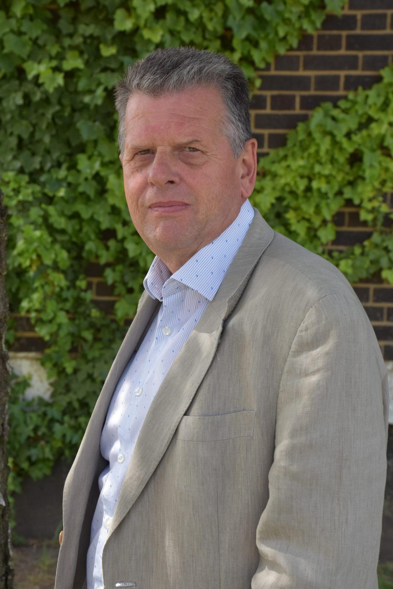 Alan Debenham – Chair People Committee
